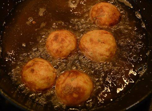 perkedel -kentang