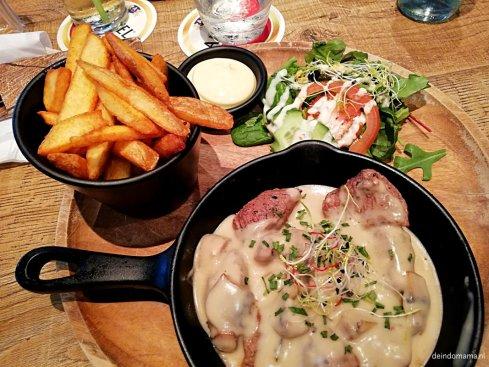 Biefstuk in champignonsaus